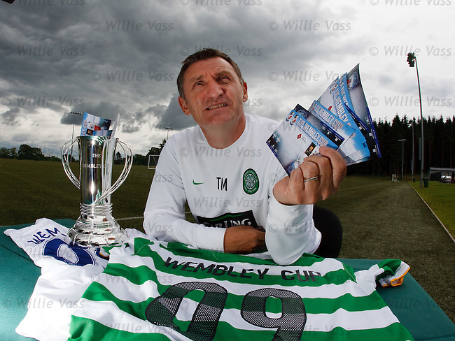 Tony Mowbray promotes Celtic's upcoming tournament at Wembley Stadium..*SUNDAYS ONLY*