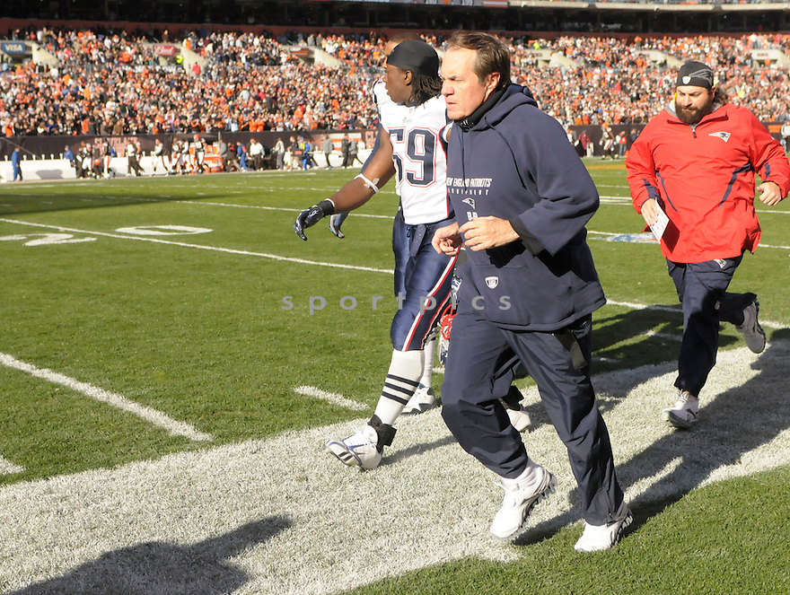 BILL BELICHICK, of the New England Patriots, in action during the Patriots game against the Cleveland Browns on November 7, 2010 at Cleveland Browns Stadium in Cleveland, Ohio.  ..The Browns beat the Patriots 34-14...
