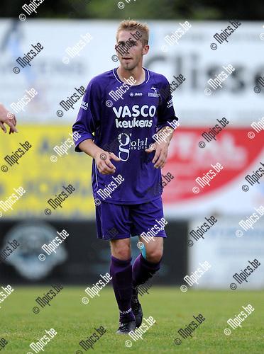 2012-09-01 / voetbal / seizoen 2012-2013 / Gooreind VV / Tristan Dermaut..Foto: Mpics.be