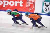 SHORT TRACK: DORDRECHT: Sportboulevard, 14-02-2016, ISU World Cup Short Track Final 2015/2016, Tommaso Dotti (#26), Mark Prinsen (#110), ©photo Martin de Jong