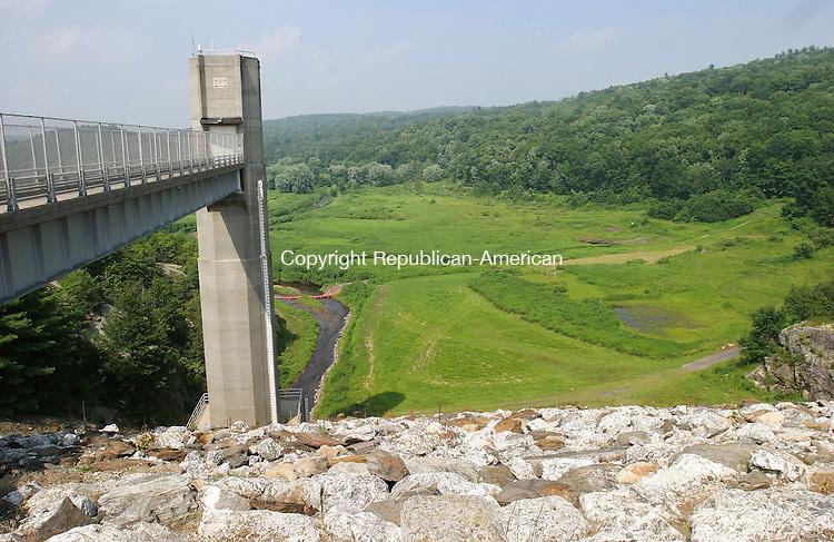THOMASTON, CT - 25 July 2005- 072505BZ05- The Thomaston Dam.<br /> Jamison C. Bazinet Photo