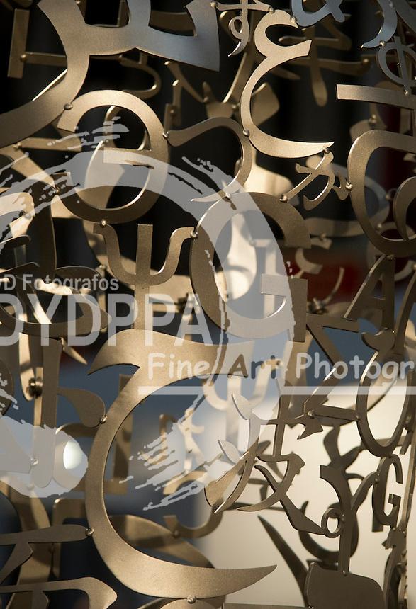16/02/2012. Madrid. Spain. Metallic letters. (C) Belen D. Alonso / DyD Fotografos