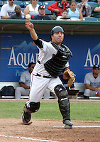 August 31, 2003:  Jake Fox of the Lansing Lugnuts, Class-A affiliate of the Chicago Cubs, during a Midwest League game at Oldsmobile Park in Lansing, MI.  Photo by:  Mike Janes/Four Seam Images