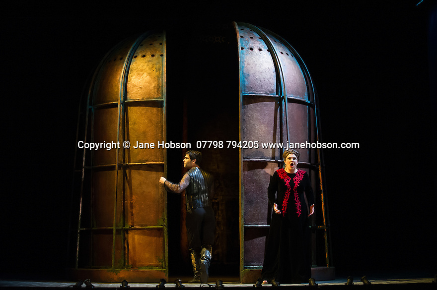 London, UK. 15.10.2014. English Touring Opera presents OTTONE, by George Frideric Handel, directed by James Conway, at the Hackney Empire. Picture shows:  Andrew Radley (Adelberto) and Rosie Aldridge (Matilda). Photograph © Jane Hobson.