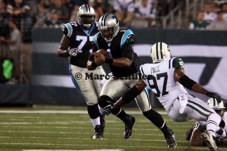 QB Cam Newton (Panthers) gegen LB Calvin Pace (Jets)