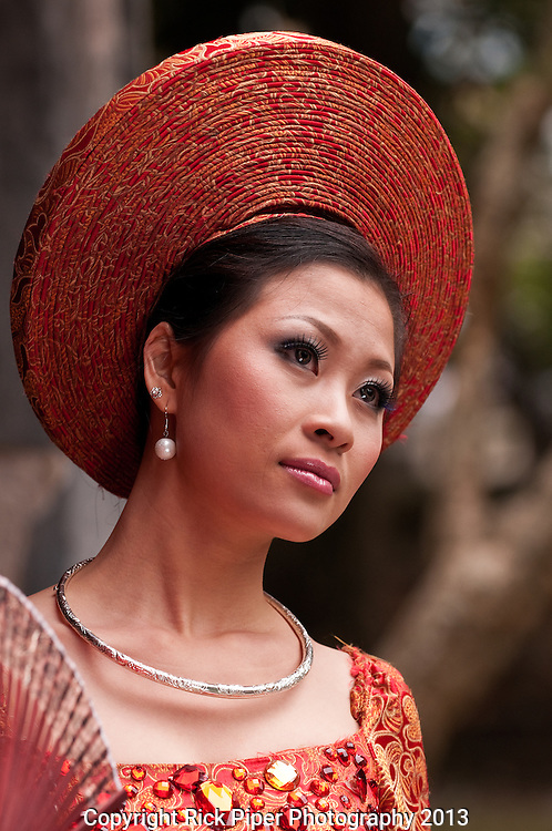 Vietnamese Bride 09 - Vietnamese bride in traditional red dress, Hanoi, Vietnam