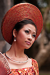 Vietnamese Bride 09 - Vietnamese bride in traditional red dress, Hanoi, Vietnam