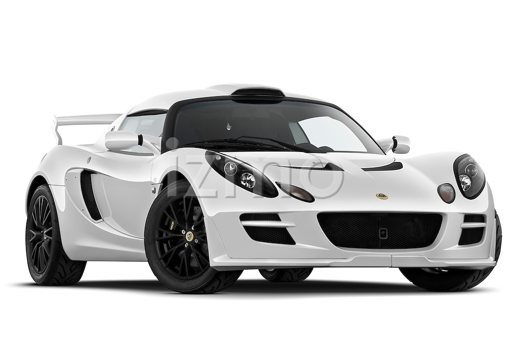 Low aggressive passenger side front three quarter view of a 2009 Lotus Exige S 2 Door Coupe.