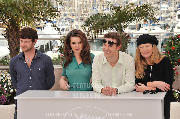 "Harry Treadaway (left), Kierston Wareing & Michael Fassbender & director Andrea Arnold at the photocall for their new movie ""Fish Tank"" which is in competition at the 62nd Festival de Cannes..May 14, 2009  Cannes, France.Picture: Paul Smith / Featureflash"
