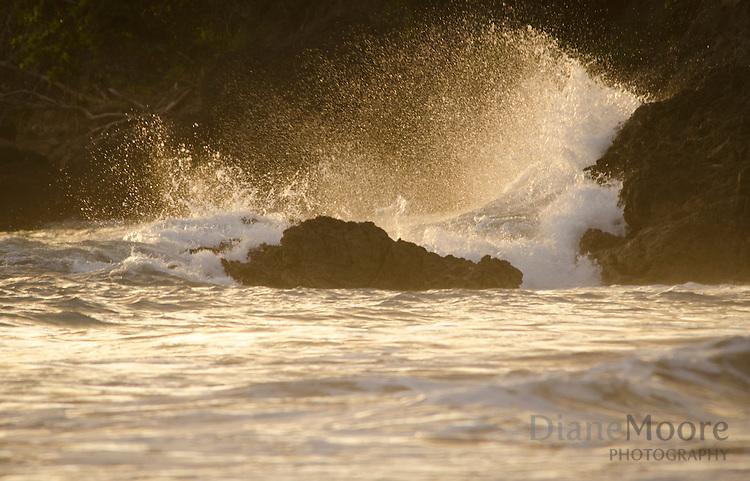 Surf on Rocks/Beach Costa Rica