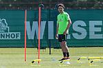 09.05.2018, Trainingsgelaende, Bremen, GER, 1.FBL, Training SV Werder Bremen<br /> <br /> im Bild<br /> Thomas Delaney (Werder Bremen #06), <br /> <br /> Foto &copy; nordphoto / Ewert