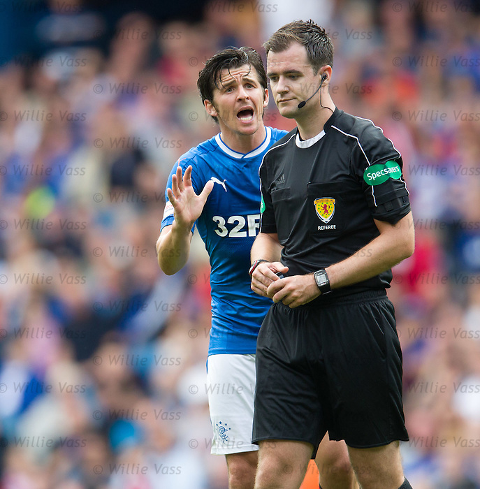 Joey Barton and ref Don Robertson