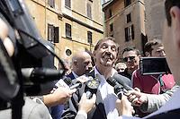 Roma , 19 Luglio 2012.Piazza del Pantheon.Il Popolo della Libertà inizia la campagna per chiedere l'elezione diretta del Presidente della Repubblica. Nella foto Ignazio La Russa con i giornalisti.