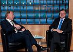 "Brussels-Belgium - November 13, 2012 -- José (Jose) Manuel DURAO BARROSO (ri), President of the European Commission, receives Jürgen (Juergen) TRITTIN (le), Co-Chairman of the Parliamentary Group of "" Alliance '90/The Greens "" (Buendnis 90 / Die Gruenen) in the German Parliament / Deutscher Bundestag -- Photo: © HorstWagner.eu"