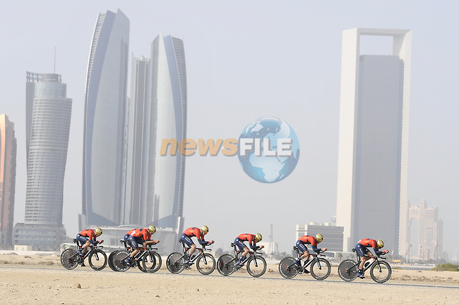 Bahrain-Merida motor along during Stage 1 of the 2019 UAE Tour, a team time trial running 16km around Al Hudayriat Island, Abu Dhabi, United Arab Emirates. 24th February 2019.<br /> Picture: LaPresse/Fabio Ferrari | Cyclefile<br /> <br /> <br /> All photos usage must carry mandatory copyright credit (© Cyclefile | LaPresse/Fabio Ferrari)