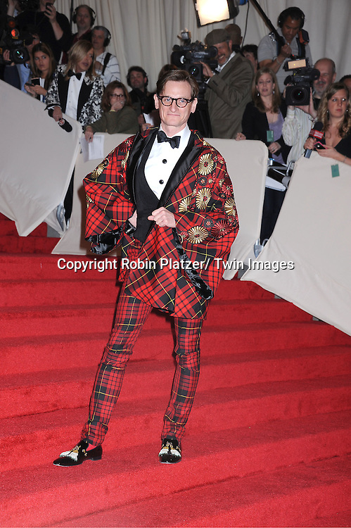 """Hamish Bowles  arriving at The Costume Institute Gala Benefit celebriting """"Alexander McQueen: Savage Beauty"""" at The Metropolitan Museum of Art in New York City on May 2, 2011."""