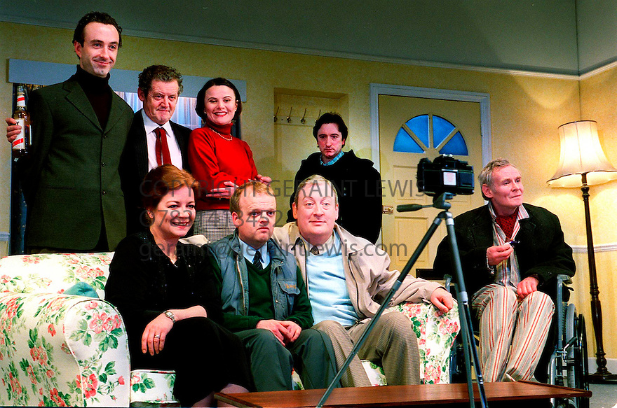 The Walls a new play by Colin Treevan directed by Mick Gordon opens at the Cottesloe Theatre on 14/3/01  pic Geraint Lewis