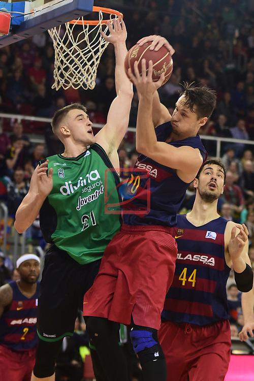 League ACB-ENDESA 2016/2017 - Game: 13.<br /> FC Barcelona Lassa vs Divina seguros Joventut: 79-77.<br /> Tomasz Gielo vs Marcus Eriksson.