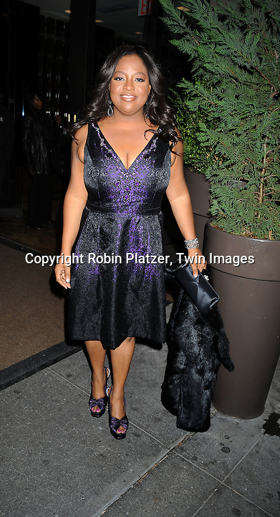 Sherri Shepherd in Carmen Marc Valvo dress