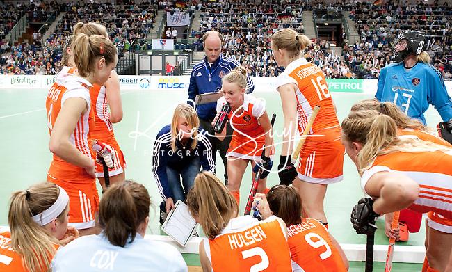 LEIPZIG -   , zaterdag tijdens de halve finalewedstrijd bij de vrouwen tussen Nederland en Duitsland (1-4) bij het EK Zaalhockey in Leipzig.  ANP KOEN SUYK
