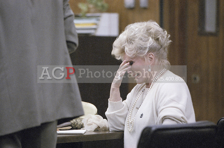 Sept. 20, 1989 - Los Angeles, California - USA - Actress Zsa Zsa Gabor weeps Tuesday during her trial on Sept. 20, 1989 in a Beverly Hills courtroom. Miss Gabor broke down during testimony by Beverly Hills police officer Scott Thompson, who was called to assist the arresting officer.