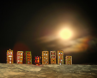 Night village Pepperkakehus, Gingerbread house Home decor, Home decor,   Trond Are Berge