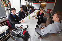 10-02-13, Tennis, Rotterdam, players lounge with Jesse Huta Galung