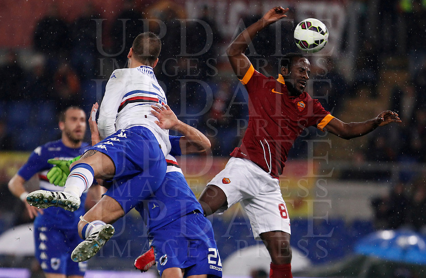 Calcio, Serie A: Roma vs Sampdoria. Roma, stadio Olimpico, 16 marzo 2015. <br /> Roma&rsquo;s Seydou Doumbia, right, is challenged by Sampdoria&rsquo;s goalkeeper Emiliano Viviano during the Italian Serie A football match between Roma and Sampdoria at Rome's Olympic stadium, 16 March 2015.<br /> UPDATE IMAGES PRESS/Isabella Bonotto