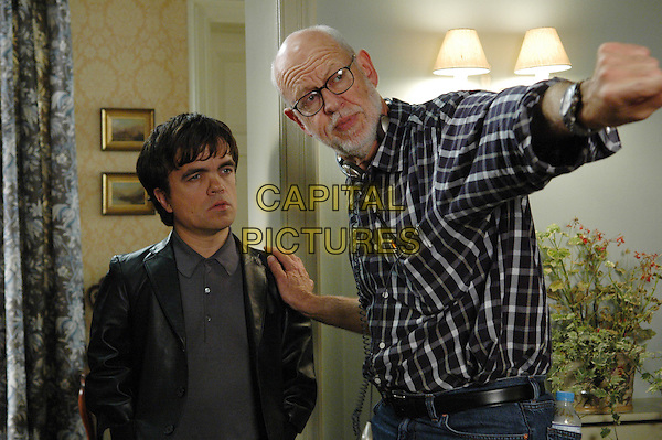 Peter Dinklage, Frank Oz (Director)<br /> on the set of Death at a Funeral (2007) <br /> *Filmstill - Editorial Use Only*<br /> CAP/NFS<br /> Image supplied by Capital Pictures