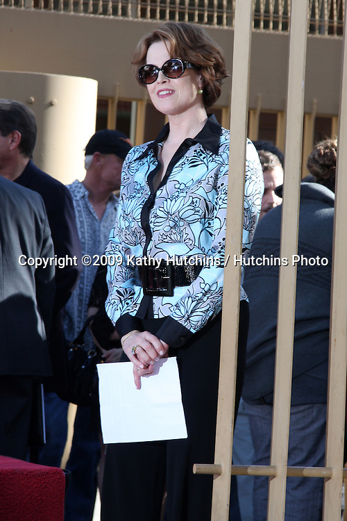 Sigourney Weaver. at the Hollywood Walk of Fame Ceremony for James Cameron.Egyptian Theater Sidewalk.Los Angeles,  CA.December 18, 2009.©2009 Kathy Hutchins / Hutchins Photo.