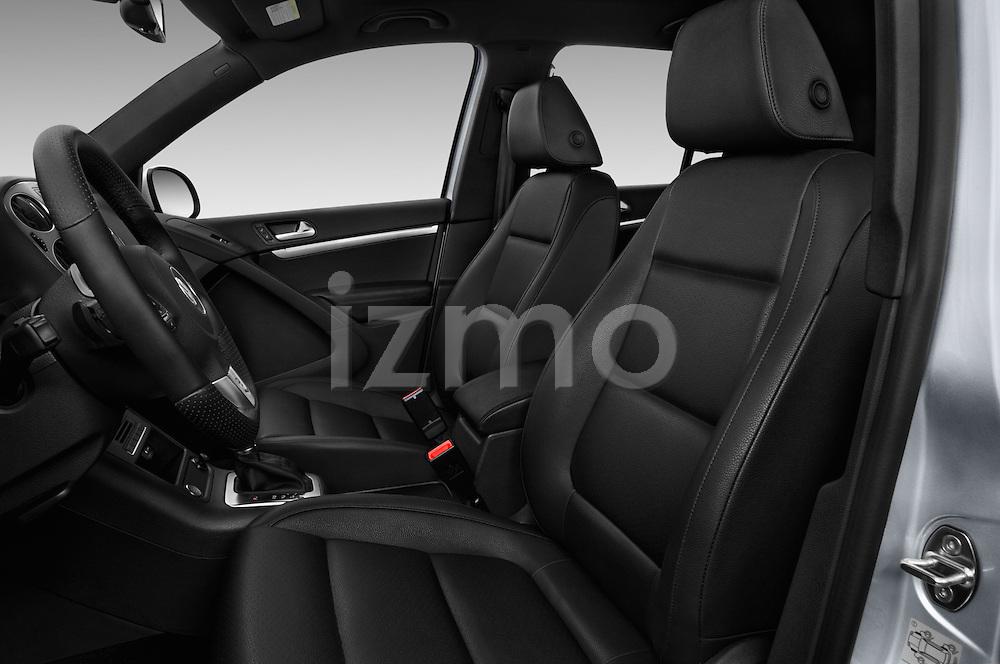 Front seat view of 2016 Volkswagen Tiguan 2.0T-R-Line 5 Door SUV Front Seat  car photos