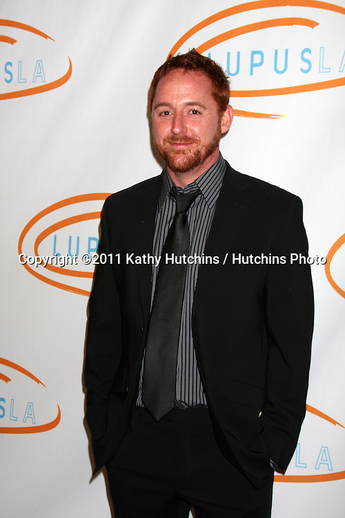 LOS ANGELES - MAY 12:  Scott Grimes arriving at the 11th Annual Lupus LA Orange Ball at Beverly Wilshire Hotel on May 12, 2011 in Beverly Hills, CA