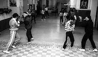 Roma 1995.Pugili si allenano alla palestra Indomita in via Merulana