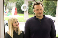 Four Christmases (2008) <br /> Vince Vaughn &amp; Reese Witherspoon  <br /> *Filmstill - Editorial Use Only*<br /> CAP/KFS<br /> Image supplied by Capital Pictures