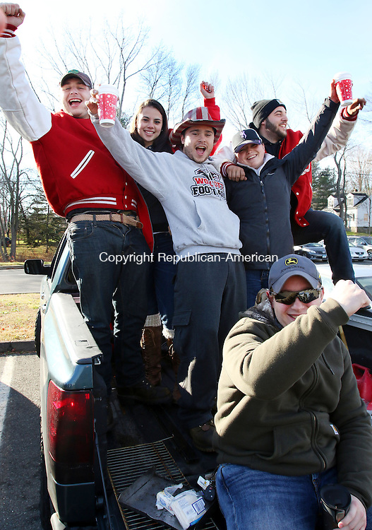 WOLCOTT CT. 26 November 2015-112615SV01-Wolcott High graduates have a good time tailgating before the annual Holy Cross Wolcott football game in Wolcott Thursday.<br /> Steven Valenti Republican-American