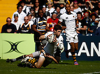 Photo: Richard Lane/Richard Lane Photography. Worcester Warriors v London Wasps. Guinness Premiership. 17/04/2010. Wasps' Dominic Waldouck dives in for his first try.