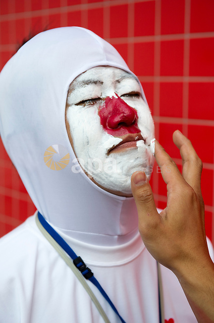 Aug. 2, 2012 - London, England, United Kingdom - A Japanese fan gets his face painted for  the Judo competition at the 2012 Olympic Games. (Credit Image: © I-Images/i-Images/ZUMAPRESS.com)