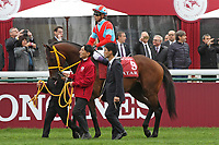 October 07, 2018, Longchamp, FRANCE - Clincher with Yutaka Take up at the parade for the Qatar Prix de l'Arc de Triomphe (Gr. I) at  ParisLongchamp Race Course  [Copyright (c) Sandra Scherning/Eclipse Sportswire)]
