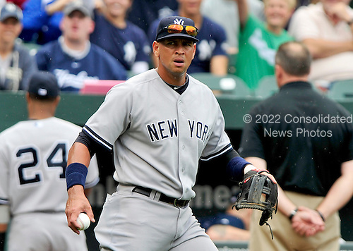 New York Yankees third baseman Alex Rodriguez (13) warms up prior to the first game of a doubleheader against the Baltimore Orioles at Oriole Park at Camden Yards in Baltimore, Maryland on Sunday, August 28, 2011.  .Credit: Ron Sachs / CNP.(RESTRICTION: NO New York or New Jersey Newspapers or newspapers within a 75 mile radius of New York City)