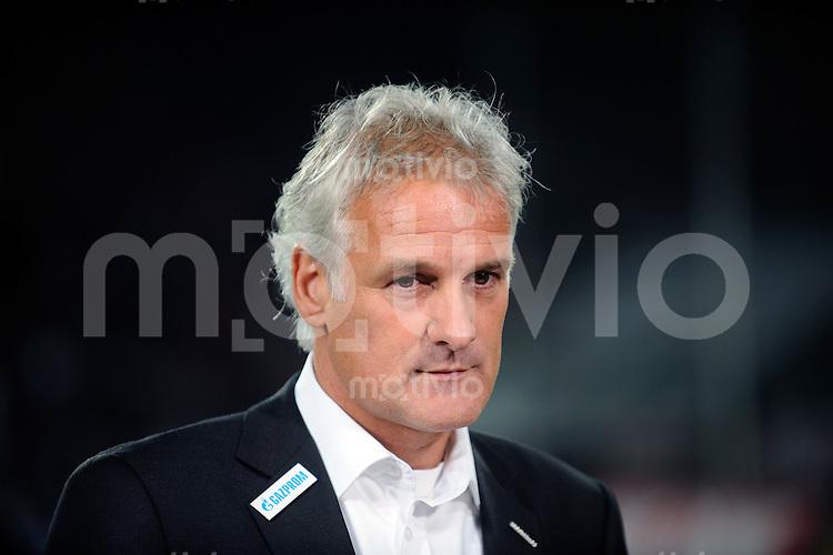 FUSSBALL   1. BUNDESLIGA   SAISON 2008/2009   6. SPIELTAG 1.FC Koeln - FC Schalke 04          26.09.2008 Fred RUTTEN (Schalke) nachdenklich im Interview.