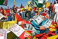 Manifestação contra corrupção no governo Lula. Brasília. 2005. Foto de Ricardo Azoury.