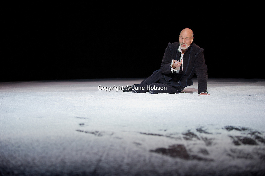 "London, UK. 22/02/2012. ""Bingo"" by Edward Bond, opens at the Young Vic, starring Patrick Stewart as William Shakespeare. Photo credit: Jane Hobson"