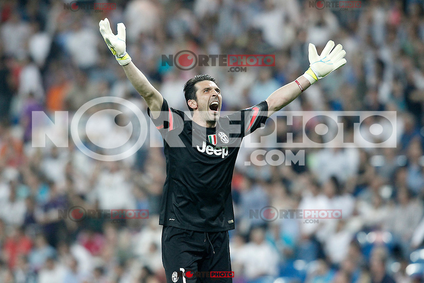 Juventus' Gianluigi Buffon celebrates the victory in the Champions League 2014/2015 Semi-finals.May 13,2015. (ALTERPHOTOS/Acero) /NortePhoto.COM