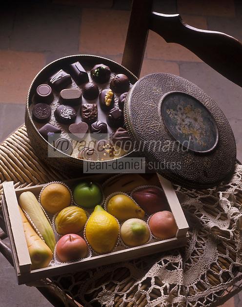 Europe/Belgique/Bruges: Chocolats et Pâte d'Amande