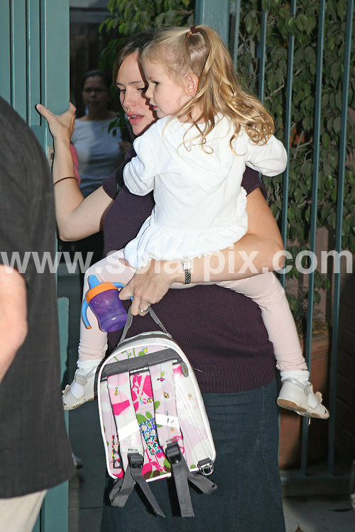 **ALL ROUND PICTURES FROM SOLARPIX.COM**.**WORLDWIDE SYNDICATION RIGHTS**.**NO PUBLICATION IN AUSTRALIA, NEW ZEALAND, DENMARK, GERMANY OR USA**.Jennifer Garner leaving Nursery in Los Angeles with daughter..JOB REF:  7737     LAP       DATE:  28.10.08.**MUST CREDIT SOLARPIX.COM OR DOUBLE FEE WILL BE CHARGED* *UNDER NO CIRCUMSTANCES IS THIS IMAGE TO BE REPRODUCED FOR ANY ONLINE EDITION WITHOUT PRIOR PERMISSION*
