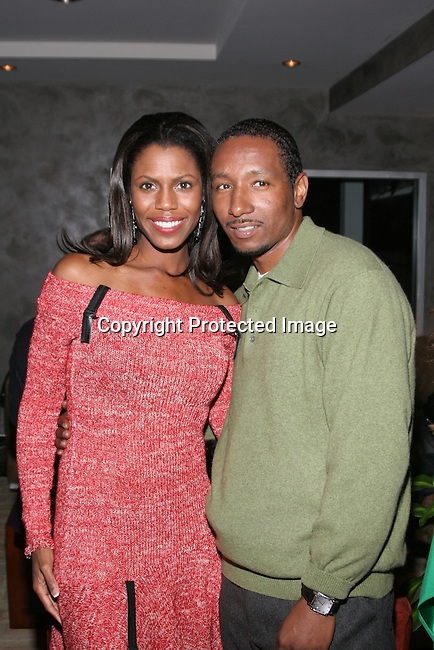 Omarosa Manigault-Stallworth &amp; Dres<br />The Winter LA Celebrity Charity Event to honor Sound Art and Black Sheep<br />Private Residence<br />West Hollywood, CA, USA<br />Sunday, December 05th, 2004<br />Photo By Celebrityvibe.com/Photovibe.com, <br />New York, USA, Phone 212 410 5354, <br />email: sales@celebrityvibe.com