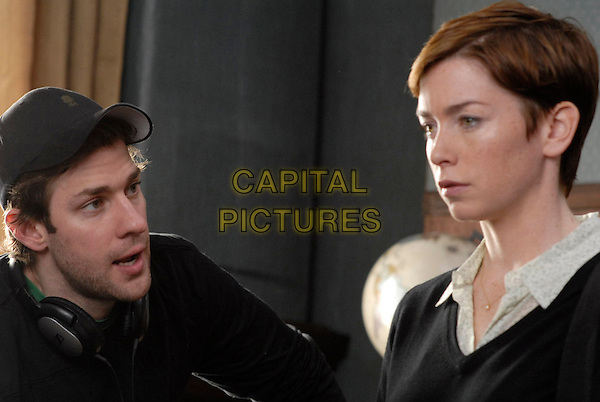JOHN KRASINSKI (DIRECTOR) & JULIANNE NICHOLSON.on the set of Brief Interviews with Hideous Men.*Filmstill - Editorial Use Only*.CAP/FB.Supplied by Capital Pictures.