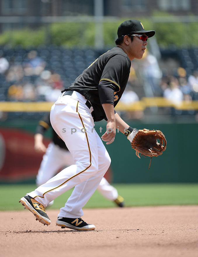 Pittsburgh Pirates Jung Ho Kang (27) during a game against the Los Angeles Dodgers on June 27, 2016 at PNC Park in Pittsburgh, PA. The Dodgers beat the Pirates 4-3.