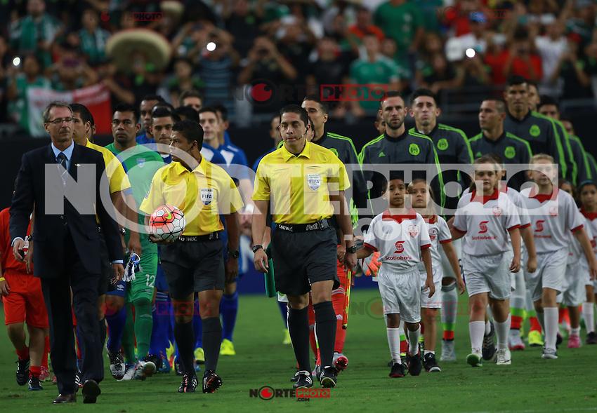 Carlos Vela de Mexico y ,durante partido entre las selecciones de Mexico y Guatemala  de la Copa Oro CONCACAF 2015. Estadio de la Universidad de Arizona.<br /> Phoenix Arizona a 12 de Julio 2015.