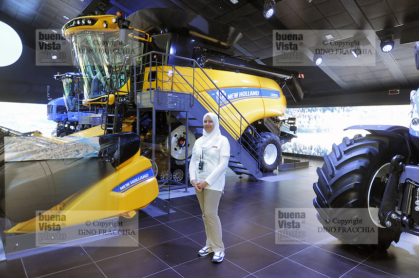 - Milano, Esposizione Mondiale Expo 2015, padiglione dei trattori New Holland<br />